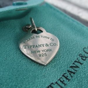 Tiffany & Co.  Return To Heart Blue pendant charm
